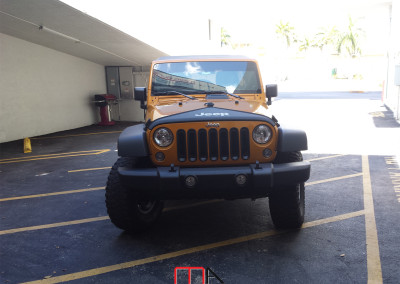 Jeep Wrangler Unlimited Rubicon (orange)