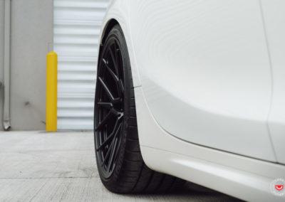 Maserati-Ghibli-Vossen-Forged-M-X3-©-Vossen-Wheels-2018-1012-1047x698